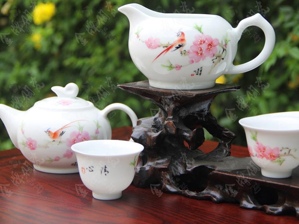 8头手绘茶具(金品小壶水点桃花)
